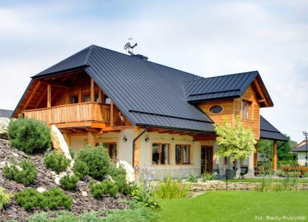 Blacha na rąbek stojący – prawidłowe ułożenie rąbka na połaci dachu