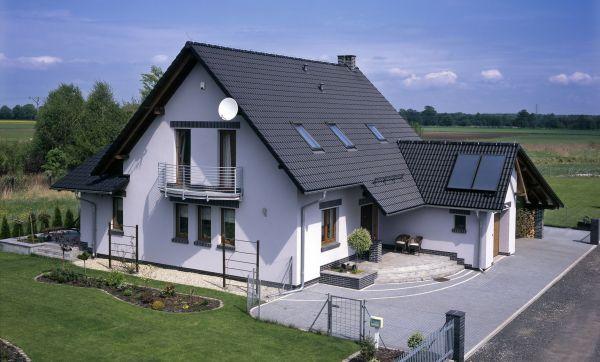 Czy dachówkę należy konserwować?