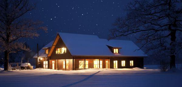 Przegląd dachu: jak przygotować dach przed zimą