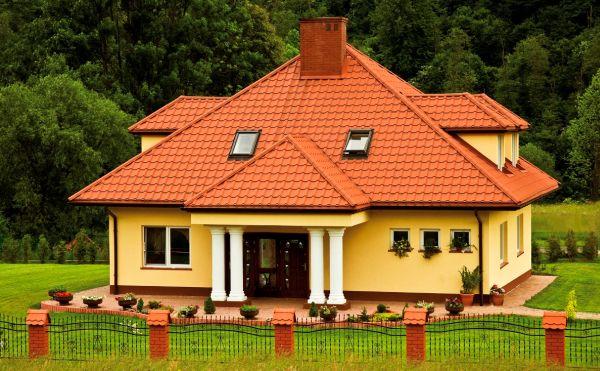 Dachy płaskie i skośne, czyli jak dostosować pokrycie?