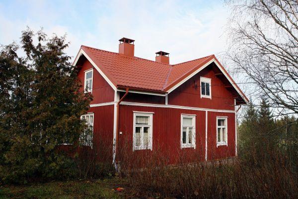 Konserwacja stalowych pokryć dachowych