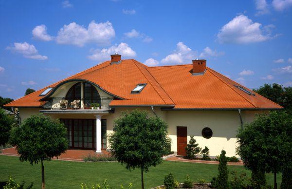 Kolory i kształty dachówek inspirowane naturą
