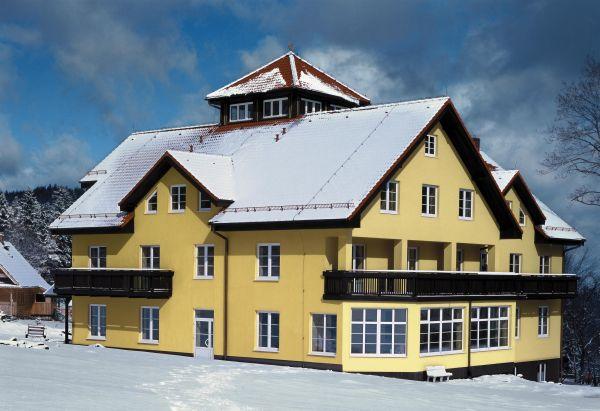 Jak przygotować dach na obciążenie śniegiem?