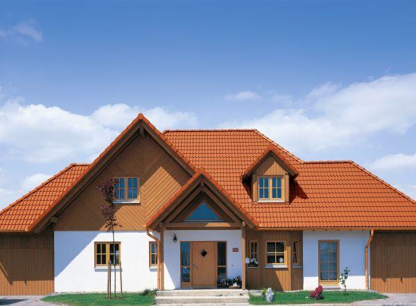 Beton czy ceramika – jaką dachówkę wybrać?